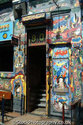 bulldog coffee shop red light district amsterdam dutch netherlands european travel cannabis dope smoking weed marijuana holland la hollande holanda olanda europe