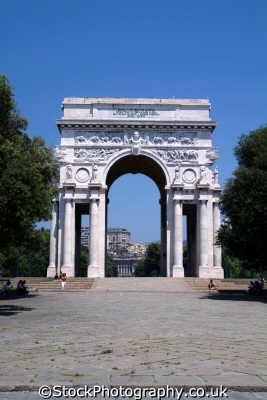 genoa arco trionfale piazza vittorio liguria italian european travel genova italy italien italia italie europe