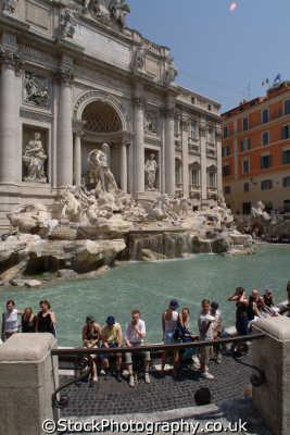 fontana di trevi rome lazio italian european travel roman ancient roma italy italien italia italie europe