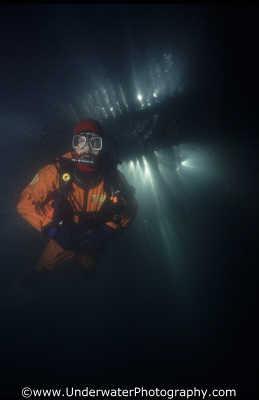 diver pier piers underwater divers diving people scuba marine boardwalk benny sutton scottish borders scotland scotch scots escocia schottland united kingdom british