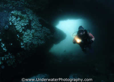 diver torch cave mouth caves caverns seascapes scenery scenic underwater marine diving cavern cavernous benny sutton scottish borders scotland scotch scots escocia schottland united kingdom british