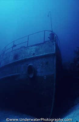 bow wreck wrecks seascapes scenery scenic underwater marine diving ship sunken benny sutton bermuda atlantic oceans bermudan