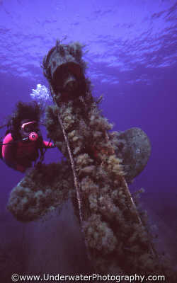 diver wreck propellor wrecks seascapes scenery scenic underwater marine diving benny sutton cyprus europe european cypriot