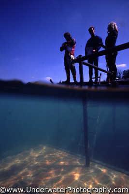 divers training platform surface seascapes scenery scenic underwater marine diving benny sutton england english angleterre inghilterra inglaterra united kingdom british