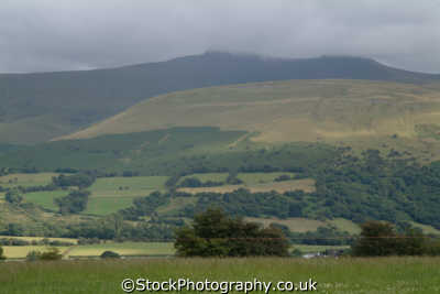 brecon beacons hillside environmental uk hills powys wales welsh país gales united kingdom british