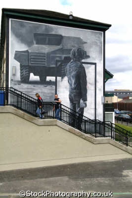mural british army bogside derry irish political murals arts misc. republican ira peace civil rights troubles catholic county londonderry doire northern ireland ulster irland irlanda united kingdom