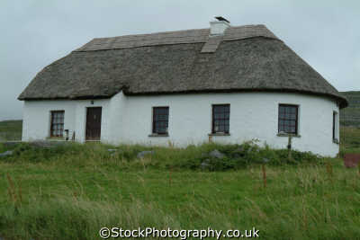 cottage uk cottages british housing houses homes dwellings abode architecture architectural buildings clare clár republic ireland eire irish irland irlanda europe european