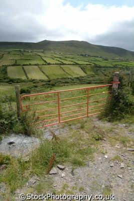 stradbally mountain rural britain countryside rustic pastoral environmental uk gate kerry ciarraí republic ireland eire irish irland irlanda europe european