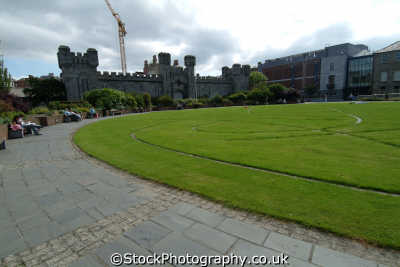 dublin castle coach house dubhlinn garden british castles architecture architectural buildings uk historic tourism áth cliath republic ireland eire irish irland irlanda europe european