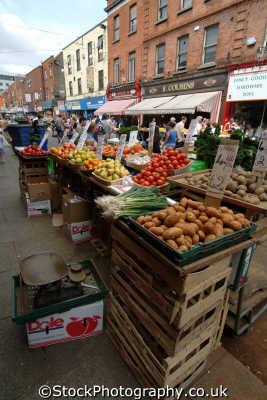 fruit veg stall dublin irish towns european travel greengrocer áth cliath republic ireland eire irland irlanda europe