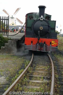 narrow guage railway tralee railways railroads transport transportation uk steam train kerry ciarraí republic ireland eire irish irland irlanda europe european