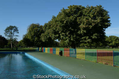 paddling pool clissold park stoke newington london parks capital england english uk hackney cockney angleterre inghilterra inglaterra united kingdom british