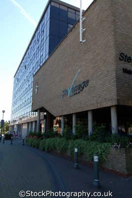 stevenage borough council offices uk government buildings british architecture architectural hertfordshire herts england english angleterre inghilterra inglaterra united kingdom