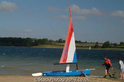 launching topaz yachts yachting sailing sailboats boats marine misc. rutland england english angleterre inghilterra inglaterra united kingdom british