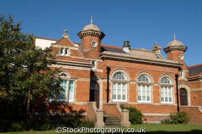 uxbridge magistrates court law courts buildings architecture london capital england english uk hillingdon cockney angleterre inghilterra inglaterra united kingdom british