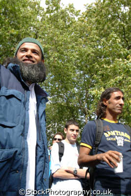 muslims young men adult males masculine manlike manly manful virile mannish people persons islamic westminster london cockney england english angleterre inghilterra inglaterra united kingdom british
