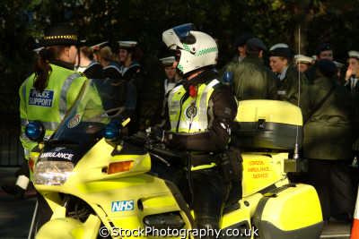 nhs london ambulance service motorbike police support officer medical healthcare uk emergency services motorcycle lord mayors city cockney england english angleterre inghilterra inglaterra united kingdom british