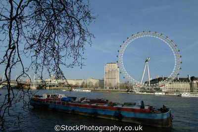 london eye seen whitehall stairs victoria embankment barge famous sights capital england english uk westminster cockney angleterre inghilterra inglaterra united kingdom british