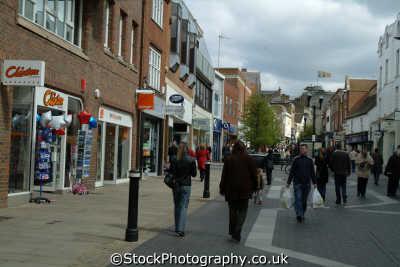shopping windsor shops buildings architecture london capital england english uk berkshire angleterre inghilterra inglaterra united kingdom british