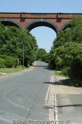 viaduct road railways railroads transport transportation uk beaconsfield buckinghamshire bucks england english angleterre inghilterra inglaterra united kingdom british