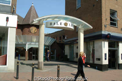 aylesbury hale leys shopping centre uk centres retailers trade centers commercial buildings british architecture architectural buckinghamshire bucks england english angleterre inghilterra inglaterra united kingdom