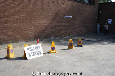 polling station unusual british buildings strange wierd uk elections politics voting votes democracy middlesex middx england english angleterre inghilterra inglaterra united kingdom