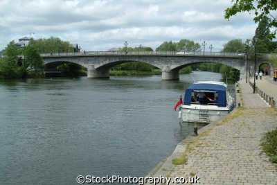 staines bridge river thames bridges crossing london capital england english uk riverside middlesex middx angleterre inghilterra inglaterra united kingdom british