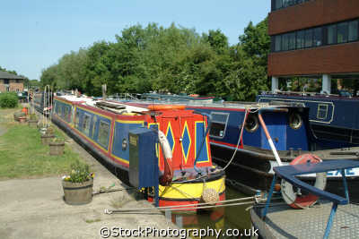 aylesbury narrowboats canal basin boats marine misc. buckinghamshire bucks england english angleterre inghilterra inglaterra united kingdom british