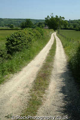 chilterns countryside farm track rural environmental uk buckinghamshire bucks england english angleterre inghilterra inglaterra united kingdom british