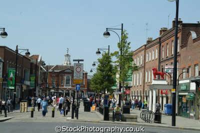 high wycombe street corn market south east towns southeast england english uk shoppers shopping buckinghamshire bucks angleterre inghilterra inglaterra united kingdom british