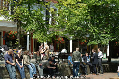 royal tunbridge wells pantiles groups people persons tourism kent england english angleterre inghilterra inglaterra united kingdom british