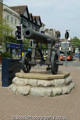 maidstone high street cannon south east towns southeast england english uk kent angleterre inghilterra inglaterra united kingdom british
