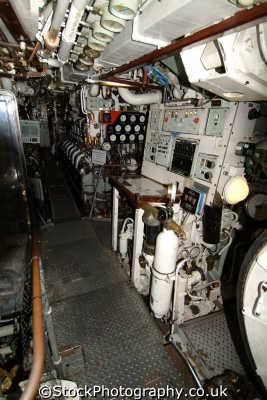 engine room hms ocelot diesel powered submarine warships royal navy naval navies uk military militaries chatham docks medway kent england english angleterre inghilterra inglaterra united kingdom british