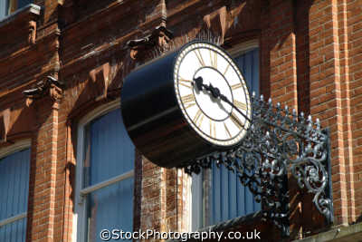 maidenhead clock high street south east towns southeast england english uk berkshire angleterre inghilterra inglaterra united kingdom british