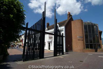 basingstoke town gate south east towns southeast england english uk hampshire hamps angleterre inghilterra inglaterra united kingdom british