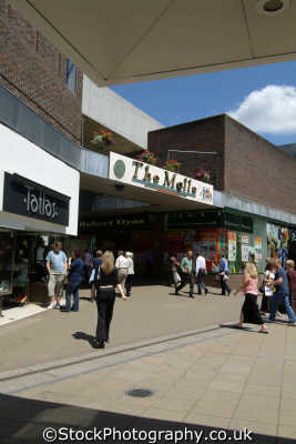 basingstoke malls uk shopping centres retailers trade centers commercial buildings british architecture architectural hampshire hamps england english angleterre inghilterra inglaterra united kingdom