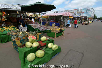 harlow market stalls uk markets traders commercial buildings retailers british architecture architectural shoppers hertfordshire herts england english angleterre inghilterra inglaterra united kingdom