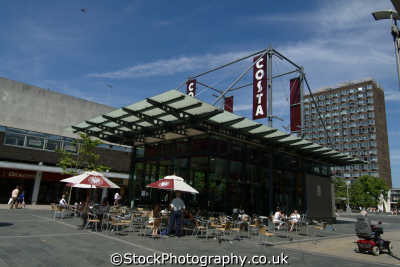 basildon restaurant town square south east towns southeast england english uk essex angleterre inghilterra inglaterra united kingdom british