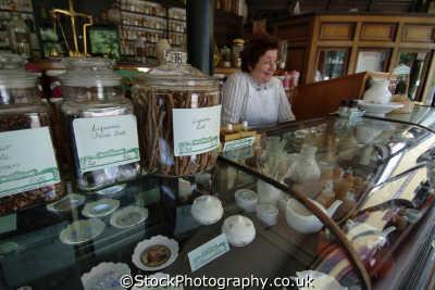 victorian druggist shop medicine health science misc. apothecary chemists pharmacist pharmacy shropshire england english angleterre inghilterra inglaterra united kingdom british