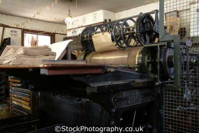 victorian printing press uk newspapers journalism media communications publishing printers shropshire england english angleterre inghilterra inglaterra united kingdom british