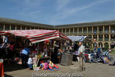 halifax piece hall market stalls uk markets traders commercial buildings retailers british architecture architectural yorkshire england english angleterre inghilterra inglaterra united kingdom