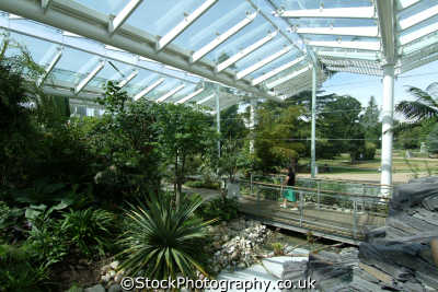 royal leamington spa jephson garden glasshouse supported heritage lottery fund unusual british buildings strange wierd uk staffordshire staffs england english angleterre inghilterra inglaterra united kingdom