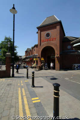 oldham tommyfield market uk markets traders commercial buildings retailers british architecture architectural manchester england english angleterre inghilterra inglaterra united kingdom