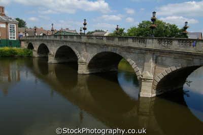 shrewsbury welsh bridge river severn uk rivers waterways countryside rural environmental shropshire england english angleterre inghilterra inglaterra united kingdom british