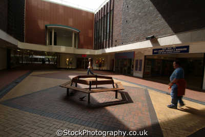 worcester cathedral plaza shopping centre uk centres retailers trade centers commercial buildings british architecture architectural worcestershire england english angleterre inghilterra inglaterra united kingdom