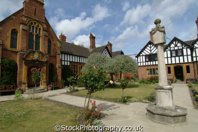 worcester laslett alms houses uk country homes british housing dwellings abode architecture architectural buildings almshouses worcestershire england english angleterre inghilterra inglaterra united kingdom