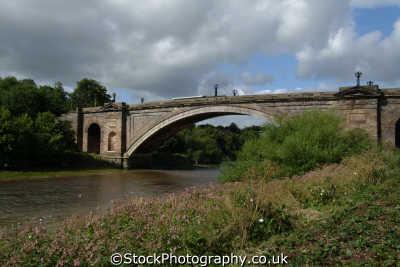chester grosvenor bridge river dee uk bridges rivers waterways countryside rural environmental cestrian cheshire england english angleterre inghilterra inglaterra united kingdom british