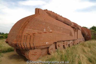 darlington life size train sculpture david mach red house bricks corporate art arts misc. bricklaying durham england english angleterre inghilterra inglaterra united kingdom british