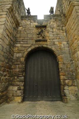 alnwick castle british castles architecture architectural buildings uk northumberland northumbrian england english angleterre inghilterra inglaterra united kingdom