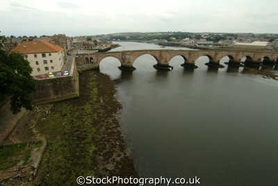 berwick-upon-tweed berwick upon tweed berwickupontweed old bridge river north east england northeast english uk northumberland northumbrian angleterre inghilterra inglaterra united kingdom british